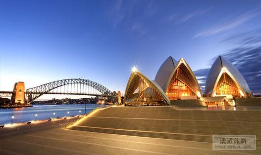"""尽管悉尼歌剧院德屋顶结构通常被称为""""壳"""""""